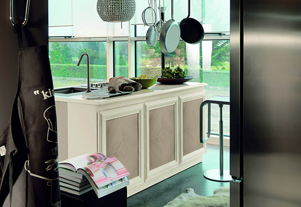 Beautiful arredamento cucina classica ideas ideas for Arredamento cucine classiche