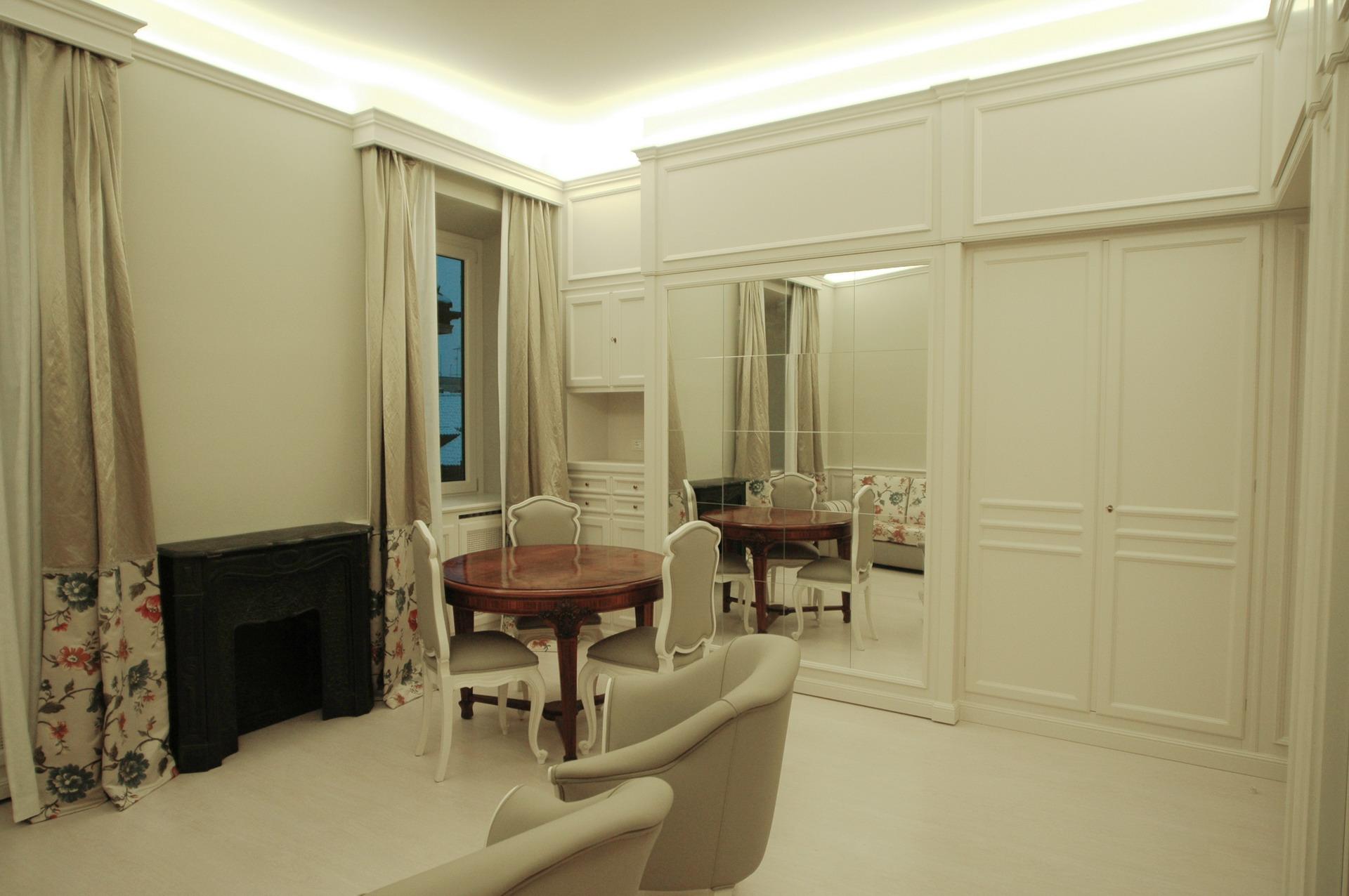 Mobili Per Studio.Studio Flat In The Historic Center Of Turin Mobili Ferrero