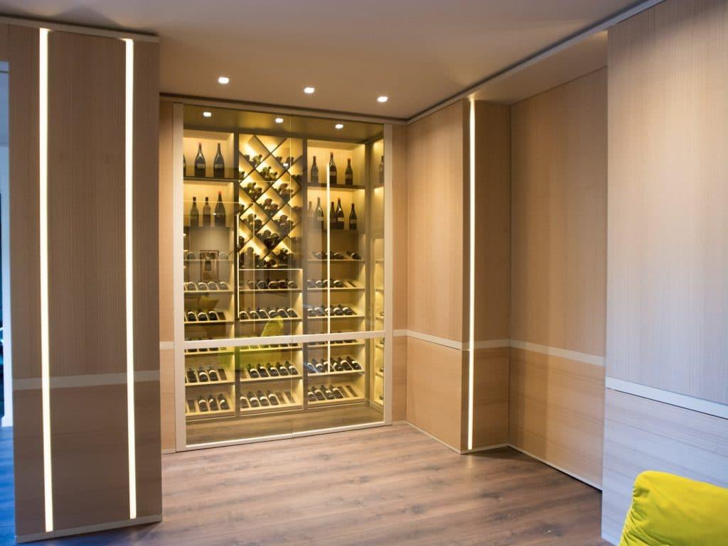 Progetto soggiorno moderno con cantina expocasa mobili for Salotto casa moderna